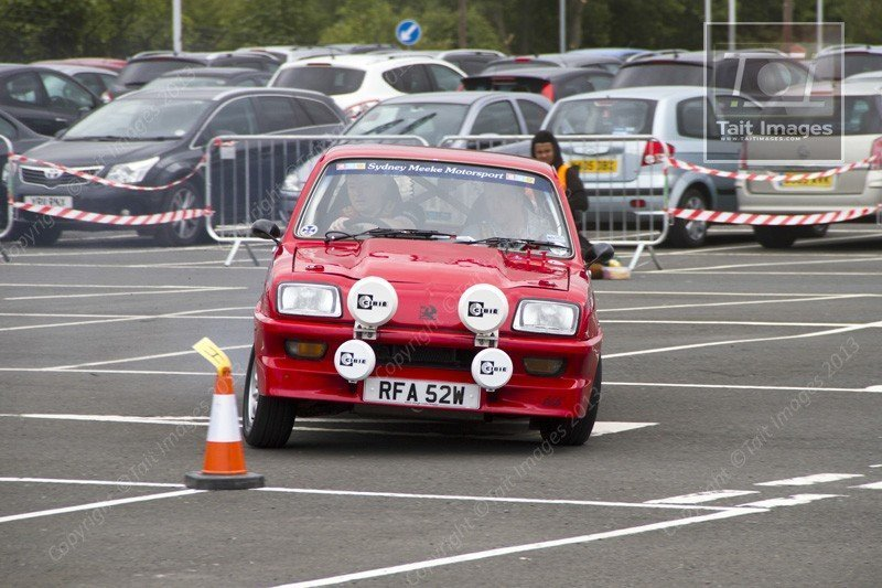 Gordon Clendinning's Vauxhall Chevette - Photo by Tait Images, http://www.taitimages.com
