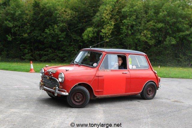 Jon Wood's Morris Mini Cooper - Photo by Tony Large, http://www.tonylarge.net